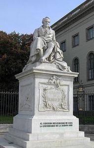 220px-Humboldtstatue